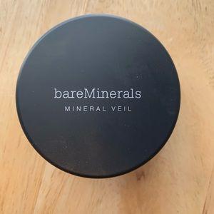 Bare Minerals Illuminating Mineral Veil